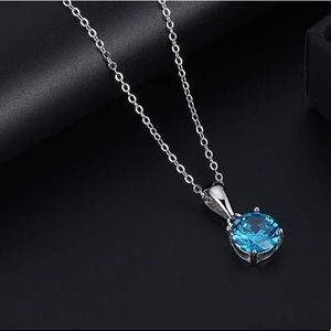 S92.5% December (tanzanite) birthstone necklace